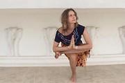 С 8 АВГУСТА ЙОГА ДЛЯ НАЧИНАЮЩИХ с АННОЙ БАЙСТРЮЧЕНКО понедельник,среда,пятница 17.00-18.30, харьков, хатха-йога, йога, йога-студия, йога 23, yoga23, yoga 23, цигун, илицюань, массаж, пилатес, танцы, трайбл, дом солнца, медитация, индивидуальные, занятия, тренировки, лфк, для детей