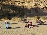 """""""Тренировка в пустынном каньоне"""", фото (с) Салах Муса, харьков, хатха-йога, йога, йога-студия, йога 23, yoga23, yoga 23, цигун, илицюань, массаж, пилатес, танцы, трайбл, дом солнца, медитация, индивидуальные, занятия, тренировки, лфк, для детей"""