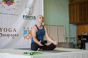...если бы герои Достоевского больше занимались йогой - ему было бы не о чем писать), харьков, хатха-йога, йога, йога-студия, йога 23, yoga23, yoga 23, цигун, илицюань, массаж, пилатес, танцы, трайбл, дом солнца, медитация, индивидуальные, занятия, тренировки, лфк, для детей