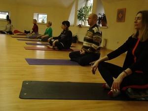 Йога для начинающих фитнес клуб