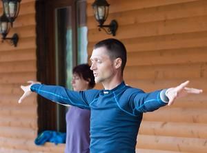Суставная гимнастика илицюань витамины для ротвейлеров для суставов и связок